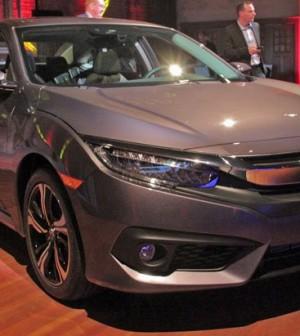 Honda Debuts 2016 Civic Sedan for North America (Picture)
