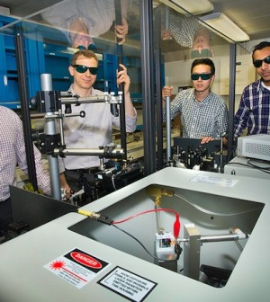 Common Glass Improves Graphene's Electronic Properties - Study says