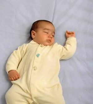 Pediatrics: Parents put babies to sleep in unsafe positions