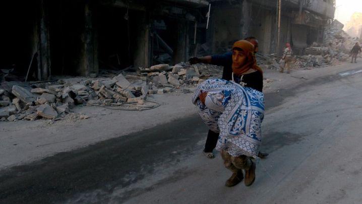 Aleppo School Bombed: Syrian Family, Pupils Among Dozens Killed