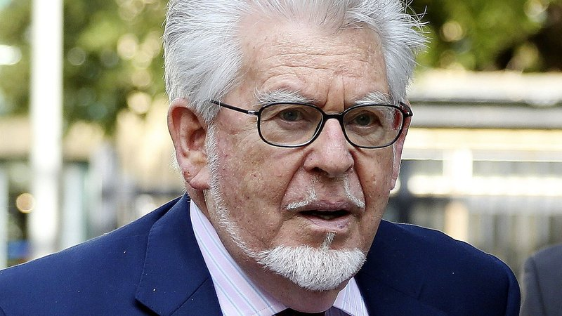 Rolf Harris cleared in new sex crime trial (Details)