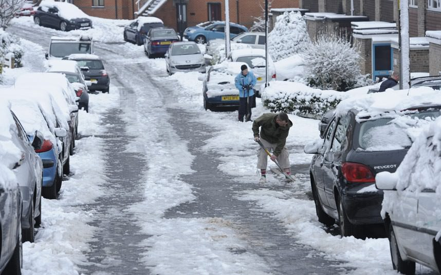 UK Weather: Cold alert issued as possible ice