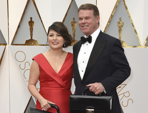 Brian Cullinan, Martha Ruiz: Oscar mishap accountants 'will never return' to ceremony