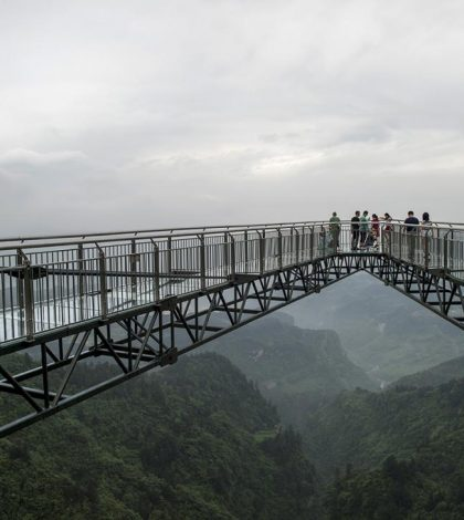Glass Bottom Skywalk Opens In China (Watch)