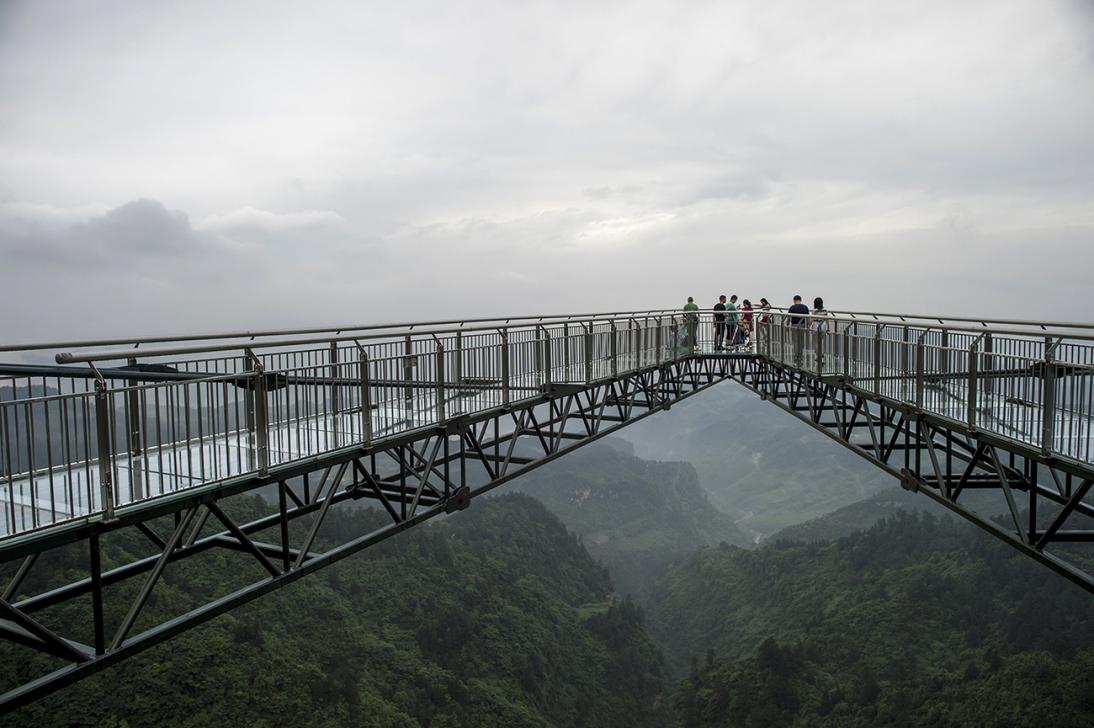Glass Bottom Skywalk Opens In China (Watch)