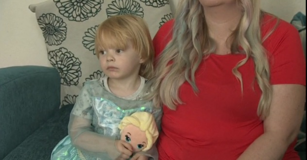 Disneyland bans boy, 3, from princess makeover (Report)