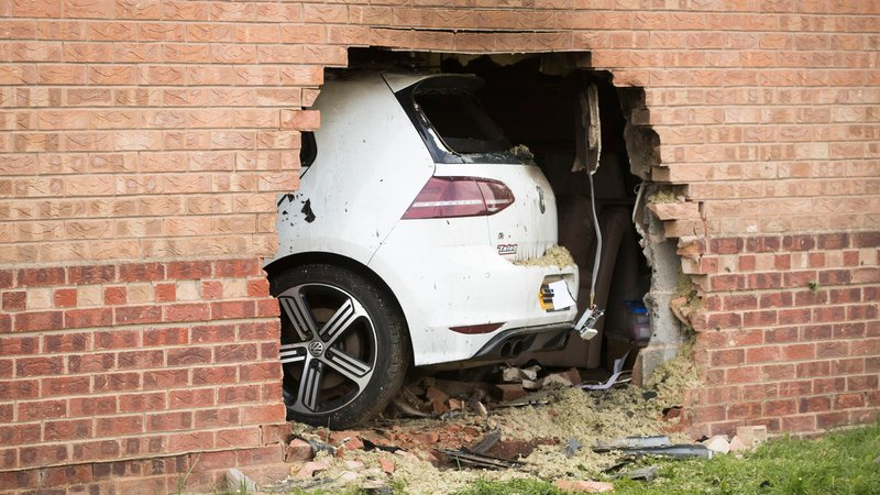 York Car crashes into house and sets it on fire (Video)