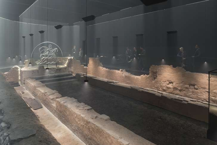 Roman temple restored deep under City of London (Photo)