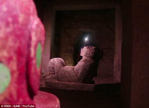 Secret passageway found under 1000-year-old Mayan temple