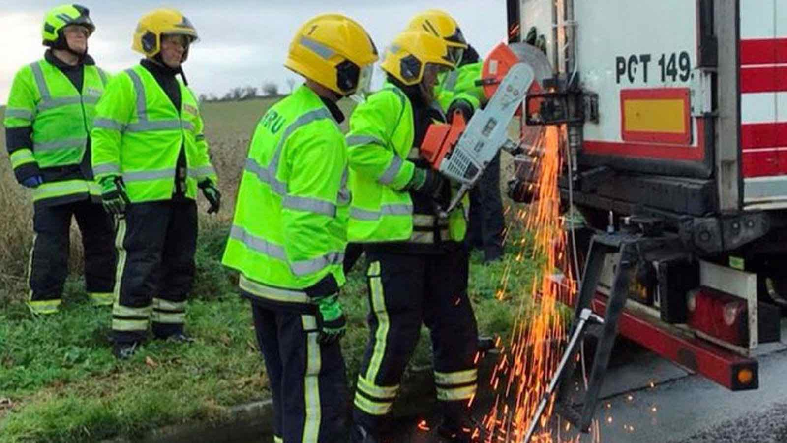 11 people found in lorry freed by firefighters