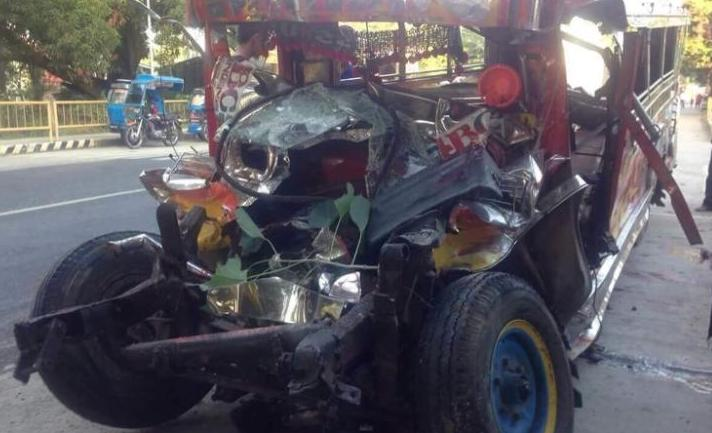 Philippines bus crash kills 20, including a 5-month-old