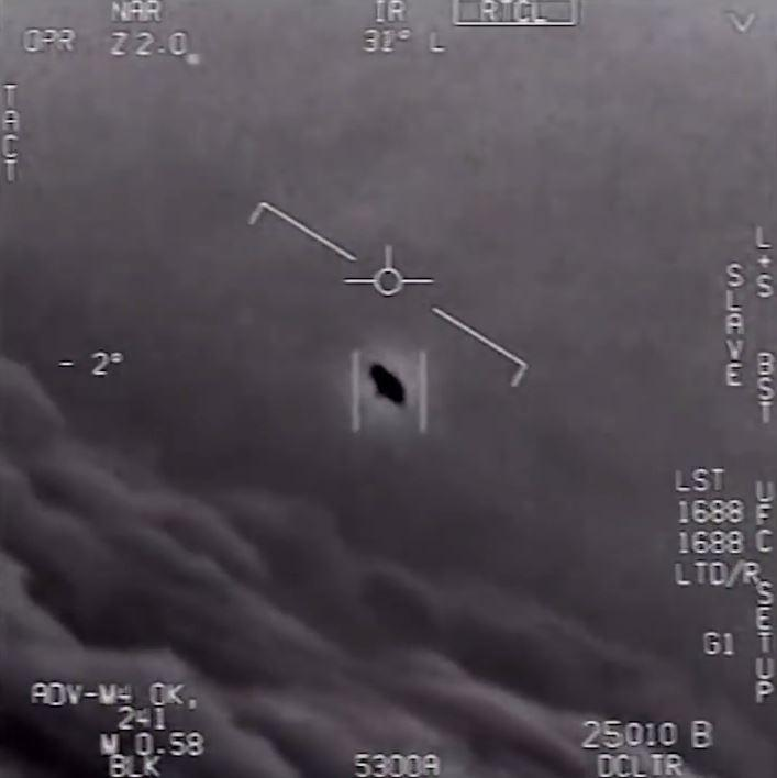 UFO footage from Navy Pilots over San Diego coast