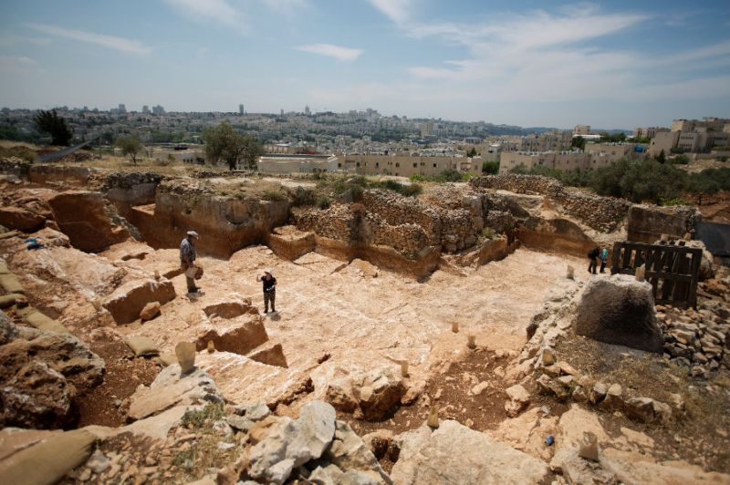 500,000 Year Old Site Found In Israel