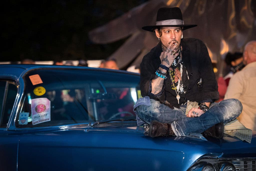 Actor Johnny Depp spends $2 million a month and lives off loans