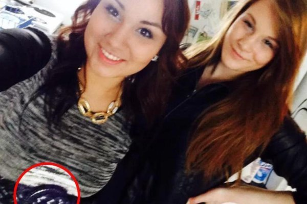 Facebook Selfie Murder Weapon Convicts Woman (Picture)