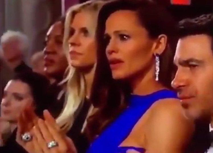 Jennifer Garner's Epiphany Face AT The Oscars
