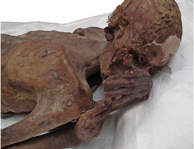 World's oldest tattoo art found on 5000-year-old Egyptian mummies