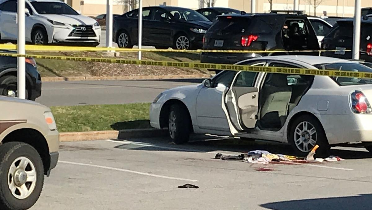Toddler shoots mother in Indiana parking lot, Police Say