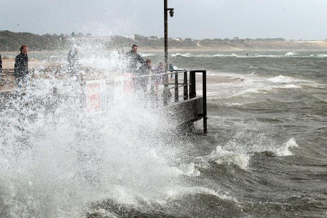 Storm Hector: 'Danger to life' warning issued, Report