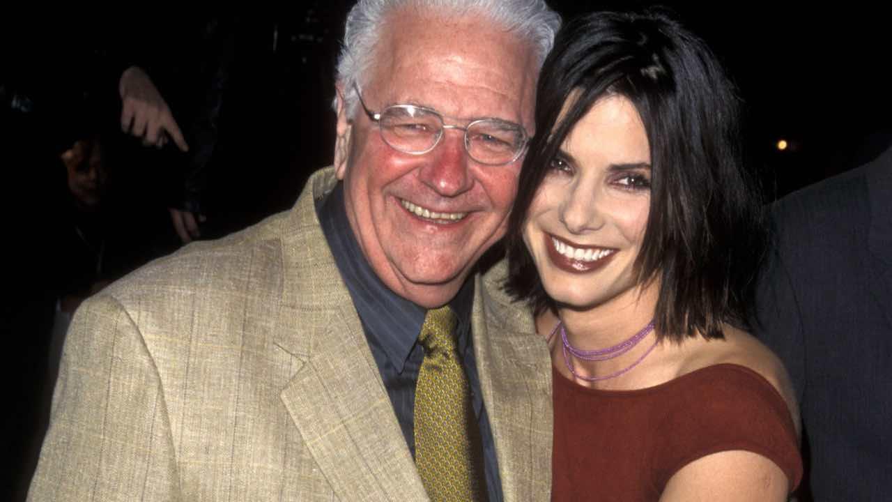 Sandra Bullock's father dies at age 93, Report