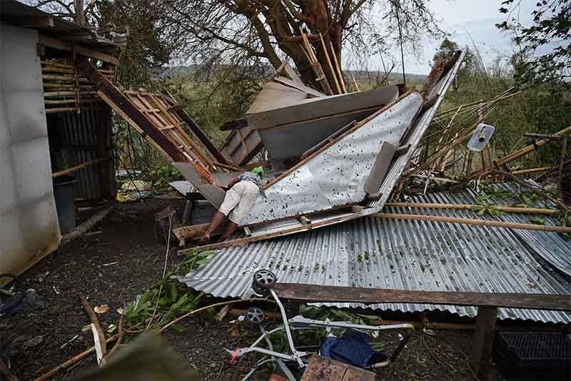 Typhoon Mangkhut death toll climbs in Philippines, Says police director