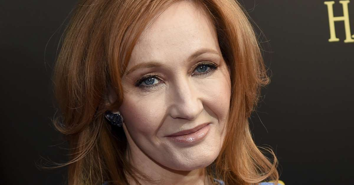 "JK Rowling sues PA over ""unauthorised spending sprees"""