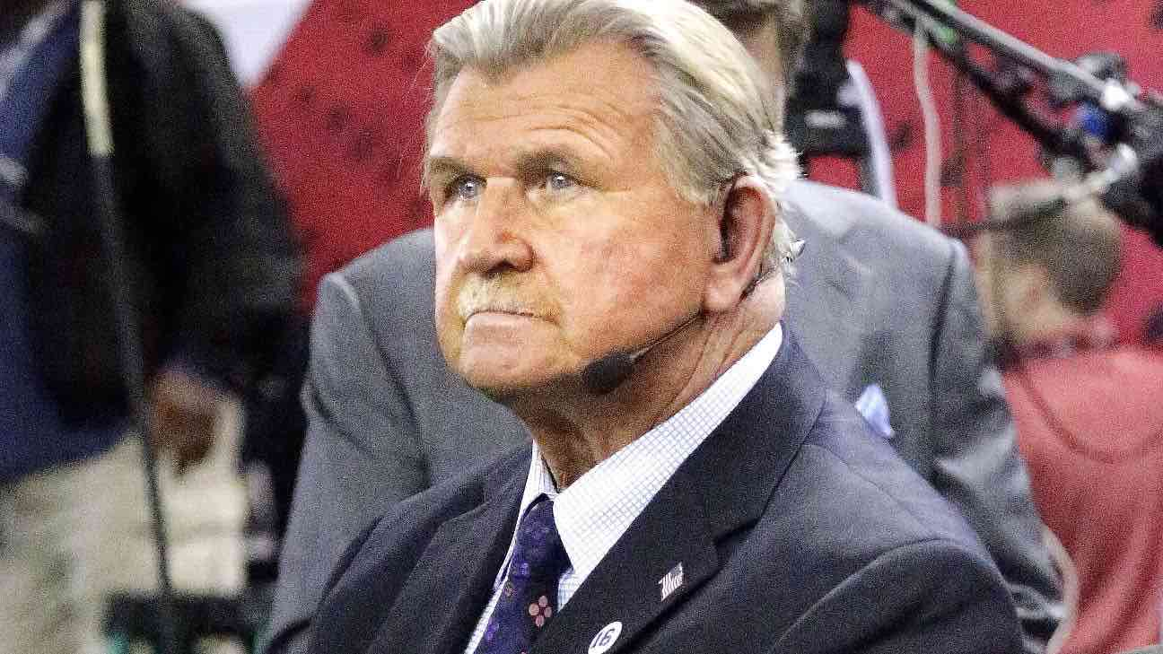 Mike Ditka stable after suffering heart attack, Report