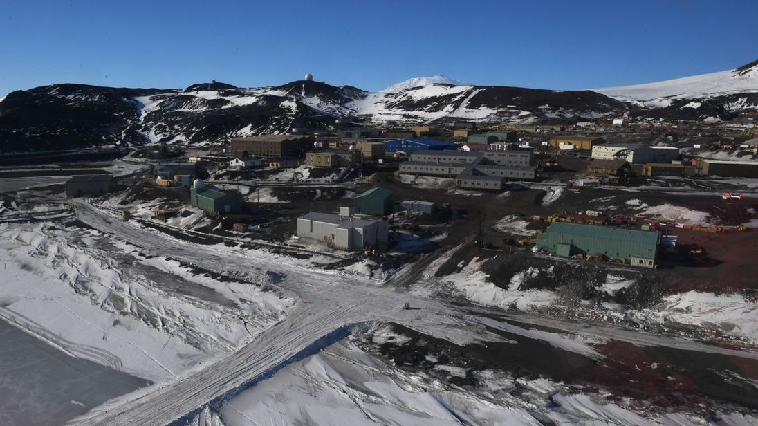 Two Dead in Antarctic Station after being found unconscious
